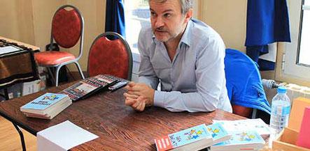 Le comédien auteur Laurent Savard au Forum Culturel de la Différence de Crépy-en-Valois en 2017