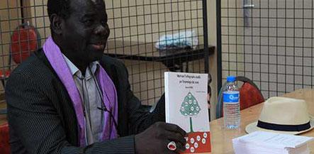 Le professeur et auteur Bernard Zongo au Salon du Livre du Forum Culturel de la Différence à Crépy-en-Valois 2017