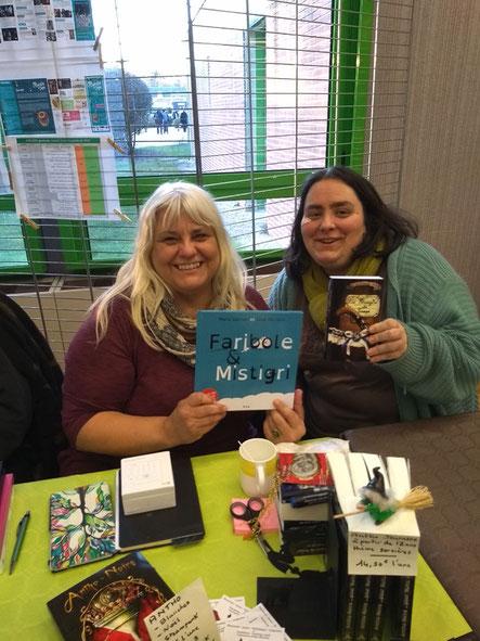 L'illustratrice Cloé Perrotin et l'auteur Corinne Gatel-Chol au Salon du Livre de Lamotte-Beuvron 2018 organisé par le GRAHS