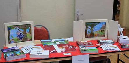 Stand de l'auteur Cécile Lamare pour les Editions MK67 des Kamishibaï et de Yucca Editions pour le livre Enfants des Rues avec l'illustratrice Cloé Perrotin