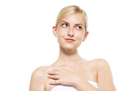 頚椎症で腕の痺れをあきらめる女性