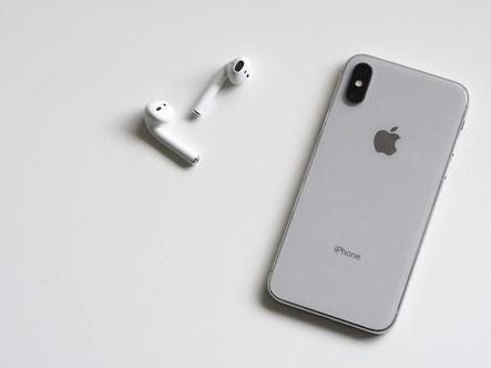 Das iPhone X - so ähnlich wird das iPhone 9 aussehen