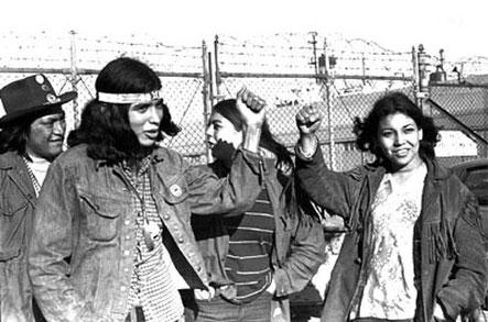 Indigene Amerikaner bei der Besetzung Alcatrazs 1969/1970