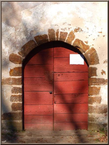 Eglise St Michel du Vieux Lugo à Lugos (Gironde) : la porte d'entrée