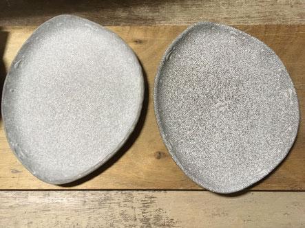 左:ザラつく泥を擦り落とし滑らか 右:泥落とし前