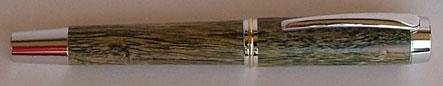 Füller aus Efeu Holz gedrechselt