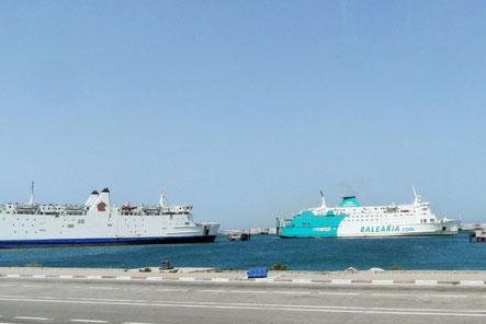 Fähren im Hafen, Tanger Med