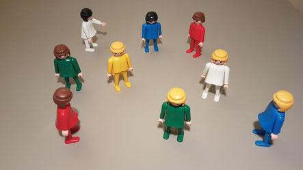 Systemisches Stellen mit Figuren