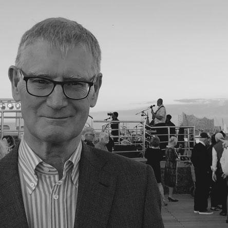 Urs Meier ist Autor und Mitglied der Redaktion bei Journal 21