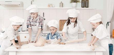 Didattica proposte educative per le scuole cuoco a - Bambine che cucinano ...