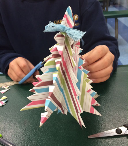 Origami Christmas tree with stripes