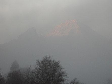 Watzmann im Morgennebel