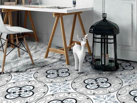 Pavimento e rivestimento in ceramica moderno effetto patchwork