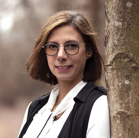 "Mag. Doris Ernhofer in der Praxisgemeinschaft Deutsch-Wagram ""Kompass Körper"""