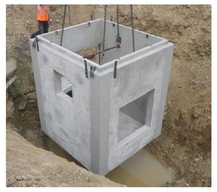 Regard en plusieurs éléments à assembler sur vos chantiers de construction / Pajot Entreprise,  expert en béton
