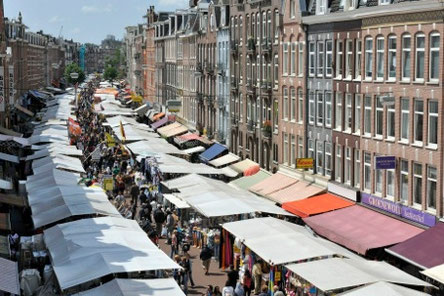 Albert Cuyp market during the day