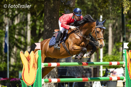 Beste Young Riders op woensdag was Francois Spinelli uit Italië met Never (v. Alvarez 17). Foto FotoTrailer