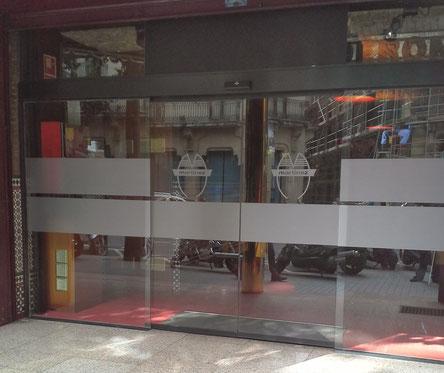 Puerta de cristal automatica barcelona