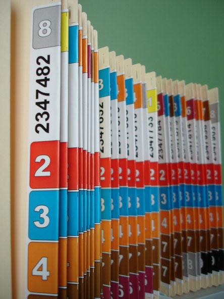 Color Organisation beschriftete Akten Farbkennzeichnung Farbetiketten