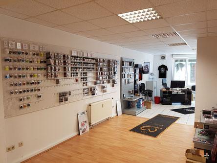 DARTS und mehr. Der DART Shop für Bochum, Witten und Dortmund. Wir hoffen mit unserem Dartshop den Dartsport in Witten und Umgebung ein wenig unterstützen zu können.