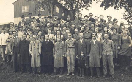 Bild: Firma Erich Hecker Wünschendorf Belegschaft um 1950