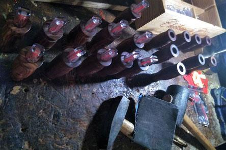 Herstellung der Jagdlocker von Hand