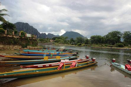 On est content d'arriver à Vang Vieng !!