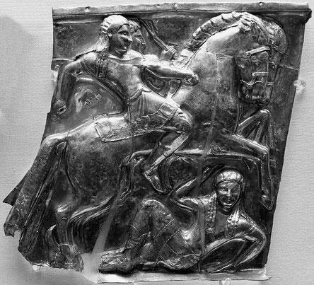 Nosotros, a los pies del Coliseo romano, donde los gladiadores se agarraban a pañuelazos y los cristianos les daban de comer a los desnutridos e indefensos leoncitos y tigrecitos