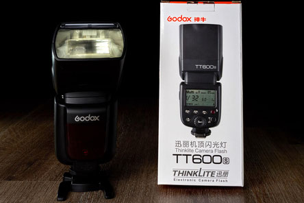 Godox TT 600S, Sony, flash, Blitz, Kompaktblitz, Review, Test, Meinung, front, OVP