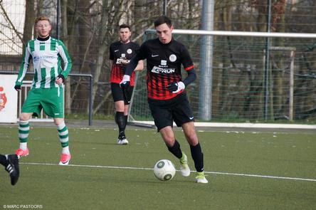 Leon Beeke gab sein Debüt für den SV Heißen (Foto: MH Sport Bilder, Marc Pastoors)