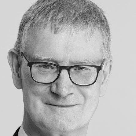 Urs Meier ist als Berater für Nonpro.fit-Organisationen und deren Führungsgremien tätig