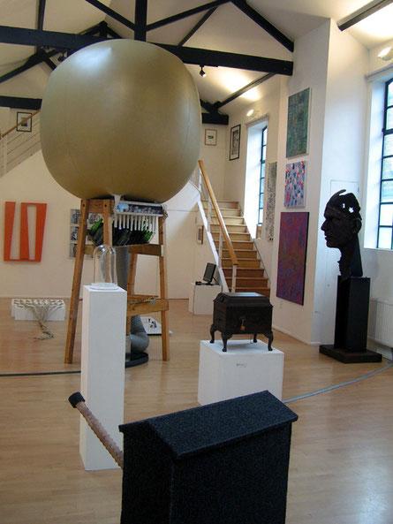2011年にチェロ・ファクトリーで開催されたロンドン・グループの展示会