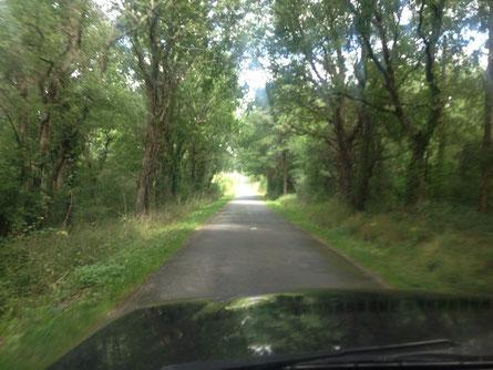 Auf dem Weg in die Bretagne nur auf Überlandstrassen unterwegs