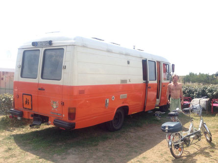 Mercedes Bus mit Jg.1980