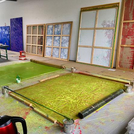 Entre-lacs, chantier, 2019, acrylique sur toile, 160 x 220 cm.
