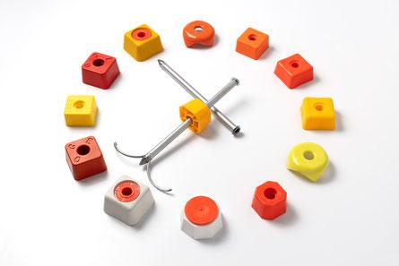 Equipement bornage géomètre - ancrages pour tous types de terrains - têtes de bornes -- bornes plastiques et résine - balises - bornes monoblocs - capuchons panneaux rondelles et accessoires