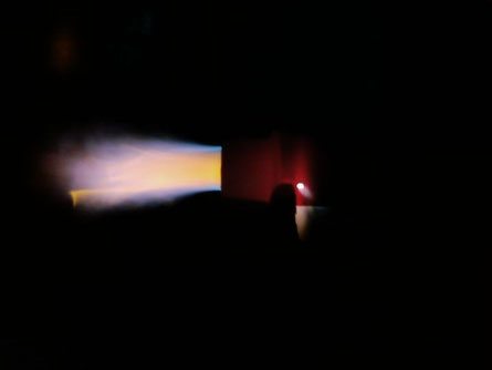 EineEine brennende  Lötlampe bei dunkler Umgebung sieht auch Interessant aus :-)