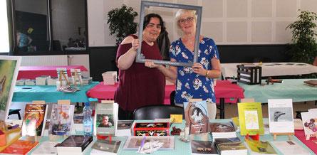 L'auteur Annick Pussin et l'illustratrice Cloé Perrotin au Salon du Livre le Printemps des Plumes à Fleury-la-Vallée 2017
