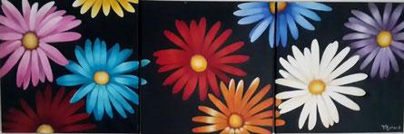 triptyque de marguerites rose, bleue, rouge, jaune, violet, bordeaux, orange et blanche