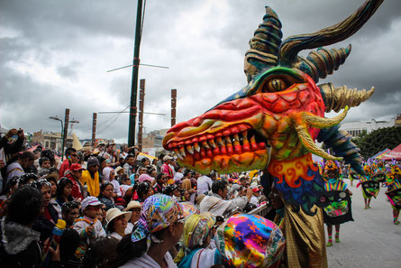 Desfile Magno 2014