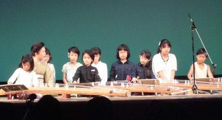 27年 審査員特別賞の伝統文化体験教室(お琴)のみなさん