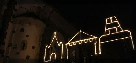 Weihnachtsmarkt, Stimmungsbeleuchtung, Glühwein, Orgelförderverein