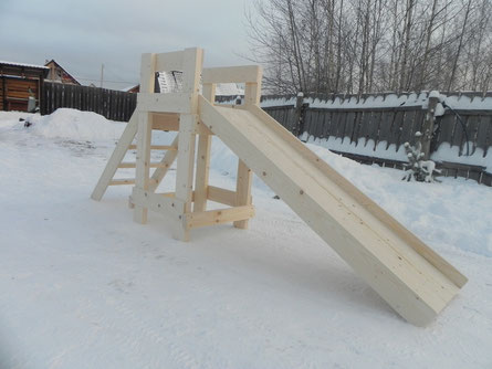 горка деревянная зимняя для катания