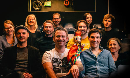 Musikcafe Prenner mit DarstellerInnen des Grazer Kasperltheaters. (c) Matthias Rauch