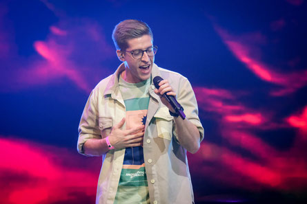 "Im Semifinale tritt Sebastian Mucha mit dem Coldplay-Hit ""Viva La Vida"" an. (c) ORF / Hans Leitner"