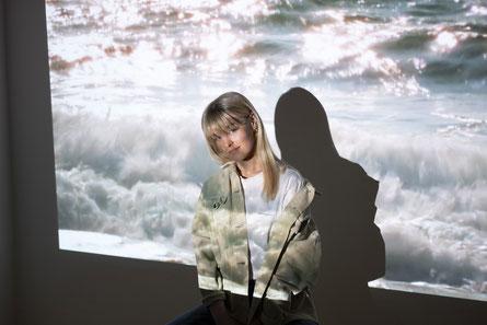 (c) Yuna Lohninger