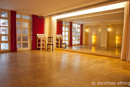 Mietstudios München, Kursraum, Seminarraum, Workshopraum, stundenweise mieten, Tanzsaal, Trainingsraum, günstig in München Neuhausen West, Tanzstudio mieten