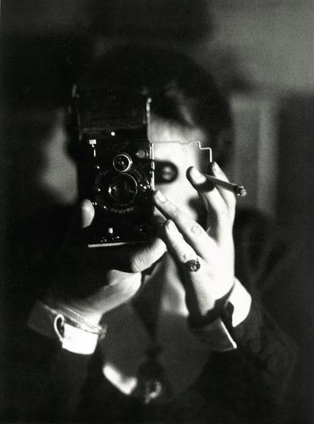 Autoportrait à l'Icarette - ~ 1925