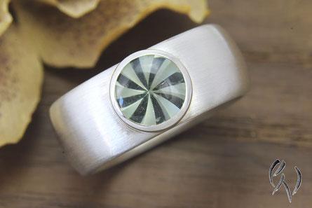 Ring aus Silber mit Mintquarz, Handarbeit, Goldschmiede