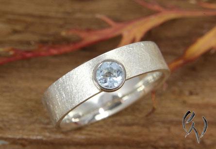 Ring Silber mit Aquamarin, Handarbeit